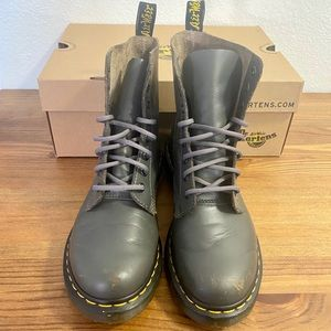 Dr Martens Air Wair Pascal/Grey Lace-up Boots